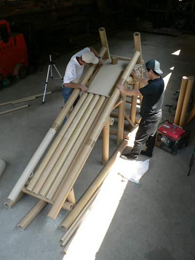 ダンボール滑り台