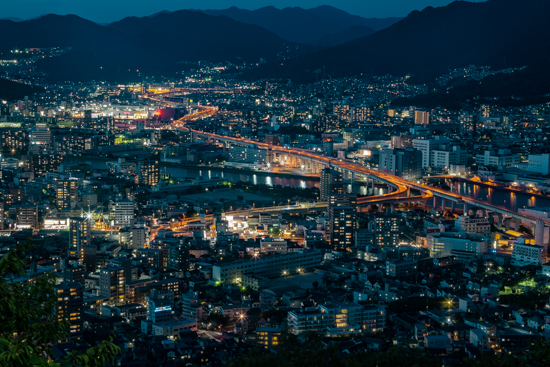 広島市黄金山からの夜景